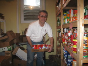 Commodore John Barry AOH Div. 11 delivers to Hicksville Outreach and Human Services